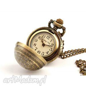 kuleczka ii golden, zegarek