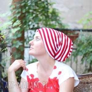 czapka wiosenna biało-czerwona w paski, wiosna, rower, kolorowa, czapka, mama