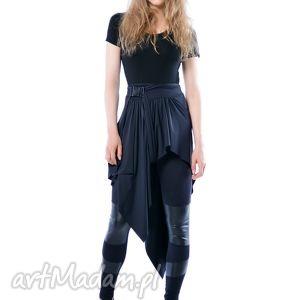 handmade spódnice madonna - asymetryczna, czarna spódnica