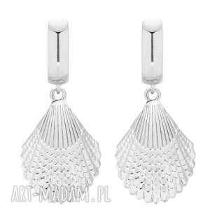srebrne kolczyki z muszlą - srebrne kolczyki, duże, muszla modne