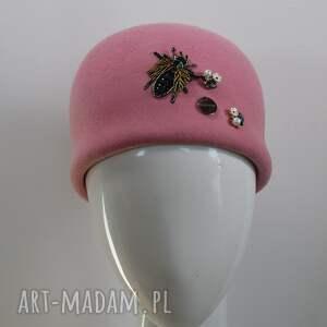 hand made czapki różowa jackie