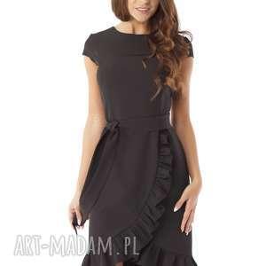 Elegancka sukienka falbaną czarna, elegancka-sukienka, polski-producent