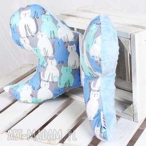 hand-made pokoik dziecka motylek - poduszka antywstrząsowa koty niebieskie