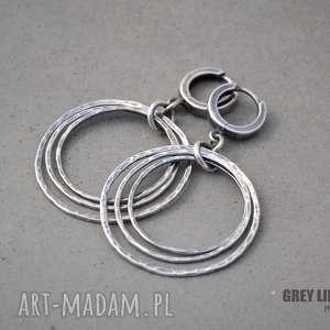 Srebrne koła I, srebro, koła, wiszące, młotkowane