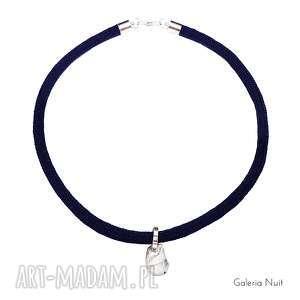 Prosty design - naszyjnik z zawieszką, zawieszka, kryształ, elegancki, minimalizm