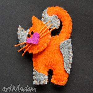 karotkowy kotek - filc, lekki, zabawny