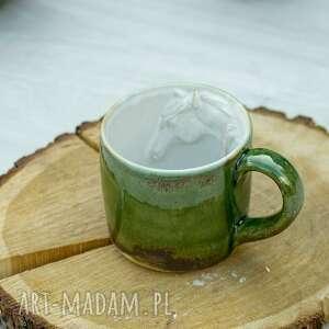 ceramika duży kubek z koniem zielony rękodzieło na prezent 400 ml