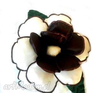 poduszka ozdobna kwiat ecru i brąz, kwiat, poduszka, tafta, ozdobna