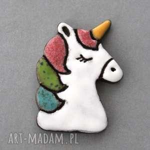 jednoroŻec - broszka ceramiczna, minimalizm, prezent, przypinka, urodziny, jednorożec