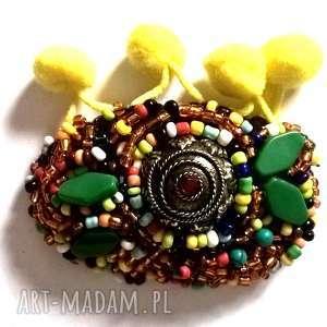 Prezent broszka wyszywana kolorowa folk, broszka, etno, boho, kolorowa, vintage,