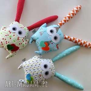 maly artysta uszak - poziomkowy, królik, dla dziecka