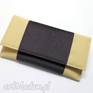 Prezent Kopertówka - skóra beż i tkanina tłoczona, elegancka, nowoczesna, wieczorowa