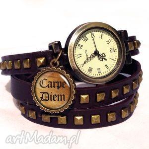 carpe diem - zegarek bransoletka na skórzanym pasku, napisem, prezent