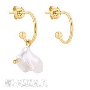 złote asymetryczne kolczyki z naturalną perłą - półkola