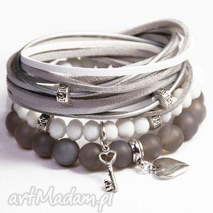 bransoletki white grey, agat, korale, zawieszki, posrebrzane, rzemienie, prezent