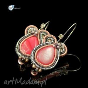 Różowo-srebrne kolczyki sutasz