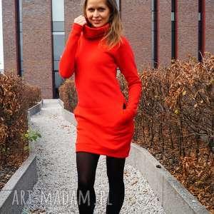 Sukienka dresowa DreSówka z kominem czerwona, dresowa, z-kominem, ciepła