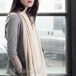 duży szal z bawełny organicznej waniliowy beż - wiosenny, kremowy, ecru