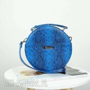 ręczne wykonanie torebki listonoszka w kształcie koła imitacja skóry węża