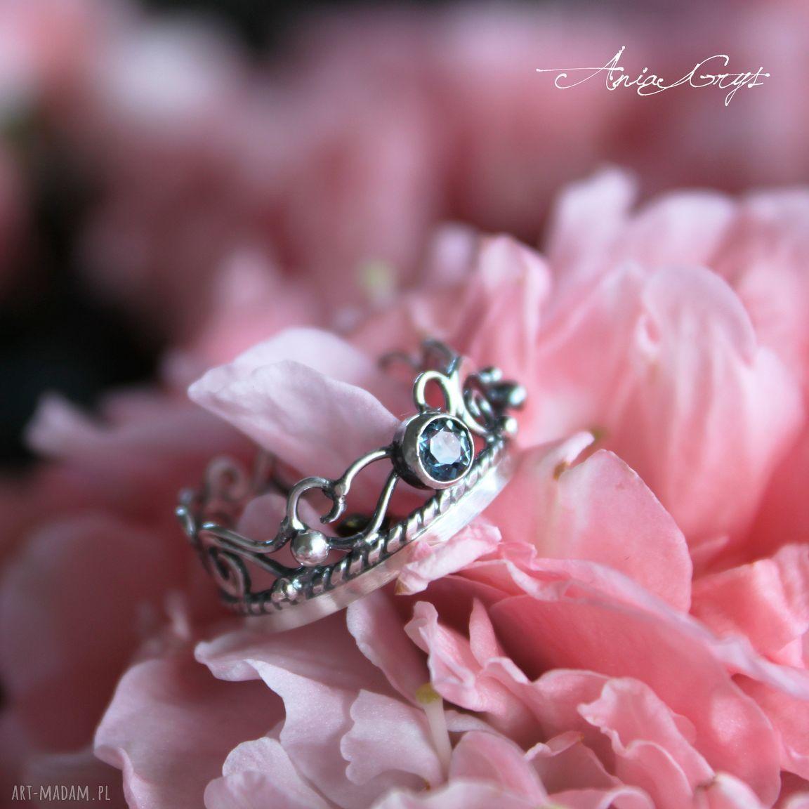 ręcznie robione pierścionki pierścionek szafirowy