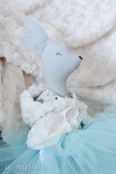 zabawki pelerynka sarenka baletnica zimowa
