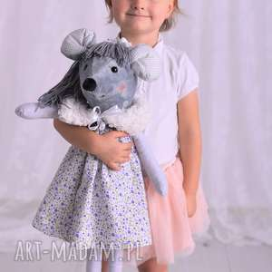 maskotki przytulanka dziecięca myszka w sukience z futerkiem, pomysł-na-prezent