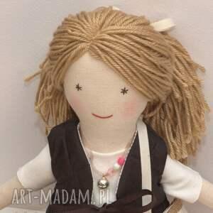 lisa w pudrowym - uśmiechnięta, lalka, szmaciana, tutu, bawełna, prezent dla dziecka