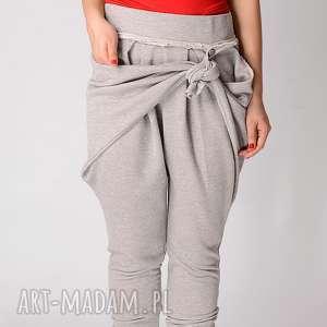 spodnie szare metaliczne z wiązaniem i fałdami, metallic, art