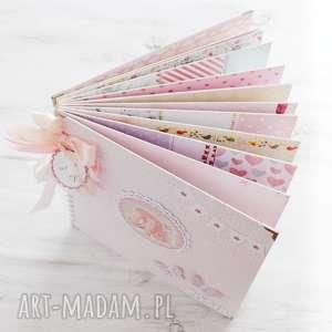 scrapbooking albumy album dla dziewczynki - chrzest lub roczek kolorowe karty