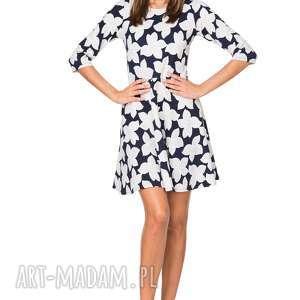 ręcznie wykonane sukienki rozkloszowana sukienka t211, wzór w kwiaty