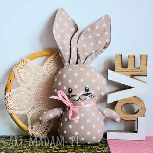 Króliczek do tulenia - karmelka maskotki maly koziolek królik