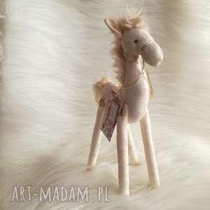 dekoracja tekstylna konik - unikat, szyty, koń, urodziny, chłopczyk, dziewczynka