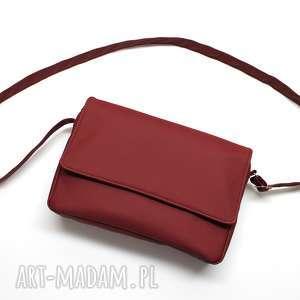 pomysł na prezent święta Listonoszka z klapką - bordowa, elegancka, nowoczesna