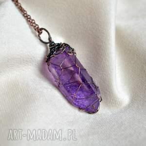 naszyjniki lavender net - naszyjnik z kryształem w barwie lawendy, kryształ