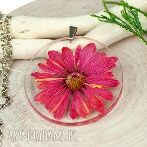 naszyjnik z prawdziwymi kwiatami zatopionymi w żywicy c463, naszyjnik z kwiatów