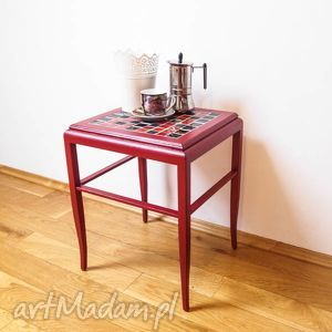 ręcznie wykonane stoły mały stolik kawowy bordowy z ceramiką