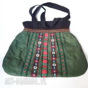 Duża ludowa torba tasiemki haftowana ciemna zieleń filc na ramię