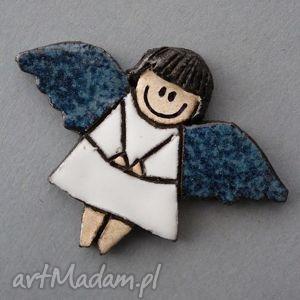 aniolik-broszka ceramiczna - święta, prezent, upominek, dziewczynka, chrzest