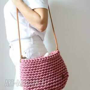 ręcznie robione na ramię szydełkowa torebka z grubego sznurka 9 mm w kolorze