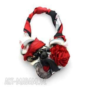 RED IS BAD naszyjnik handmade, naszyjnik, kolia, wisior, czerwony, bordo, kwiat