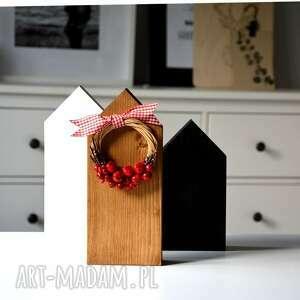 prezenty na święta, 3 domki z wiankiem, wianek, domki, domek, skandynawski
