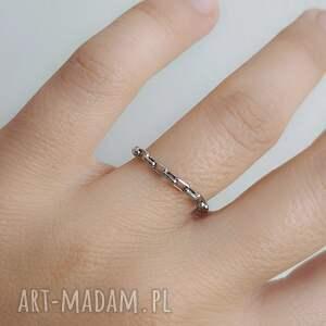 pierścionek łańcuszek, stal chirurgiczna