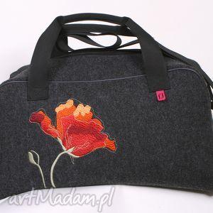 katarzyna wesolowska filcowa torba podróżna, haftowana, lekka