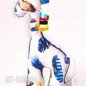 Żyrafa PIÓRKA granat, maskotka, przytulanka, żyrafa, dziecko, niemowle