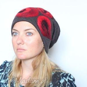 ręcznie robione czapki czapka wełniana filcem ozdabiana