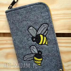 Prezent Filcowe etui na telefon - pszczółki, smartfon, pokrowiec, futerał, pszczoła,