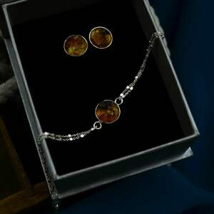 komplet biżuterii z bursztynem bransoletka i sztyfty srebro
