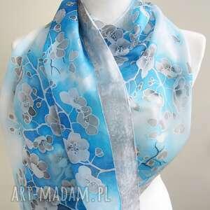 MinkuLUL Duży szal niebieski Kwiaty Wiśni