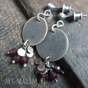 treendy kolczyki ze srebra z granatami, srebrna, wiszące
