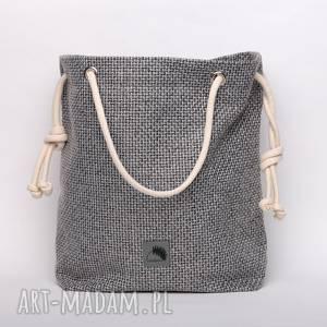 Szara torba z grubo plecionej tkaniny, rączki ze sznurka , plecionka